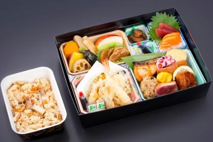 季節会席弁当「千両(せんりょう)」2000円(税抜)